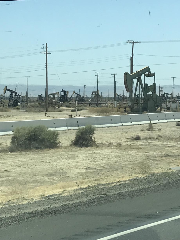Hele grote olievelden zijn er nog ook hier in California